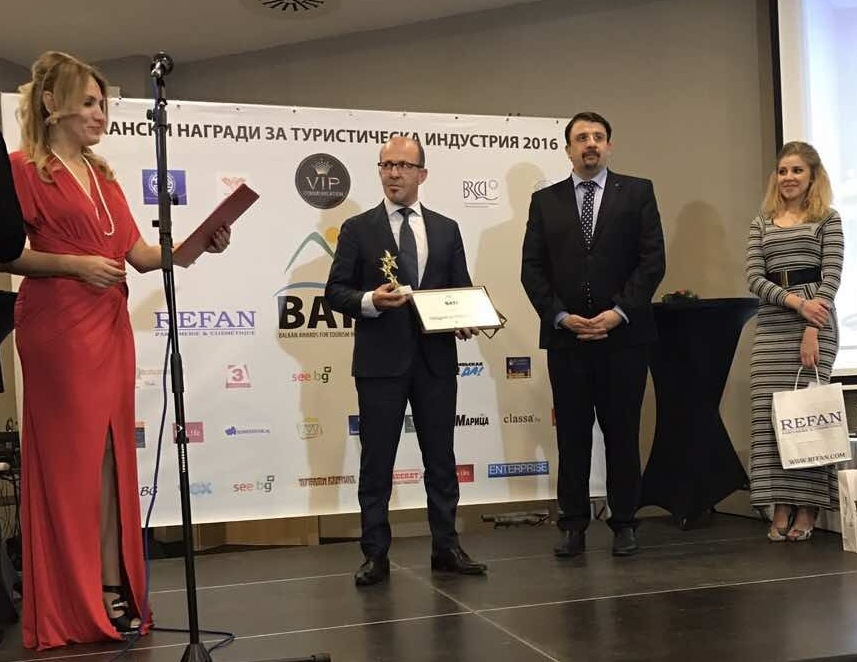 Златното съкровище донесе първа награда на Приморско, отличиха Общината на Балканските награди за туризъм