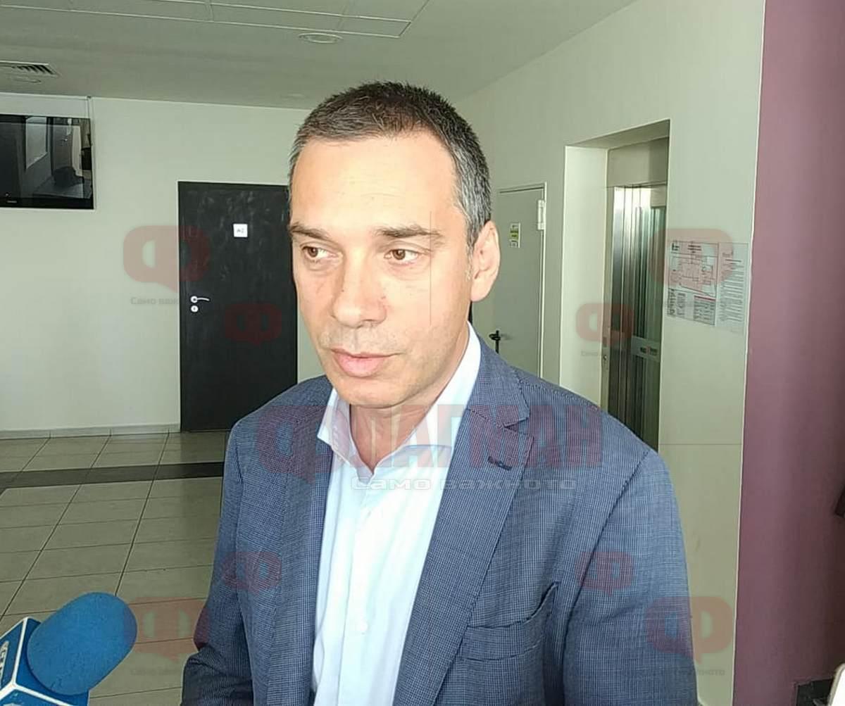 a173eec78da Кметът Димитър Николов настоява РИОСВ да кажe замърсен ли е въздухът в  Бургас