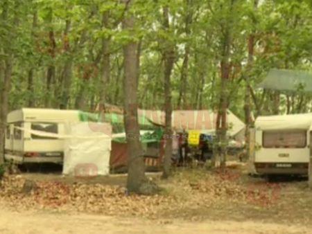 92032a6a85a Туристи лагеруват в гората вместо в нов къмпинг край Варна