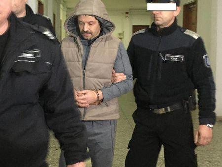 Суд Болгарии избрал меру пресечения Левину